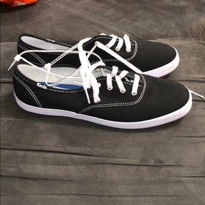 Black keds size 8 brand new!